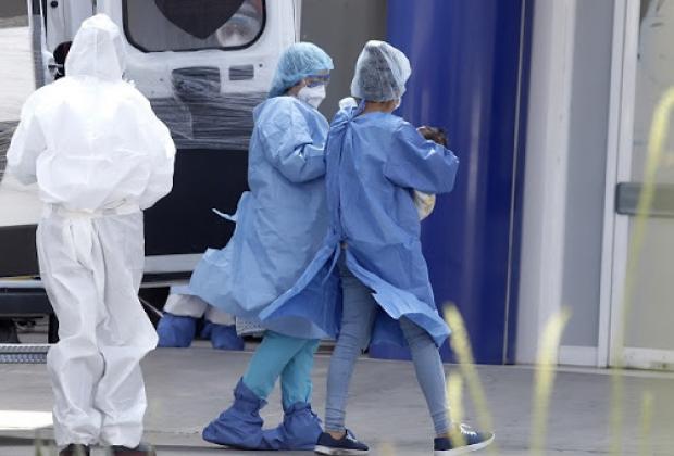 Han muerto por Covid 60 médicos en Puebla