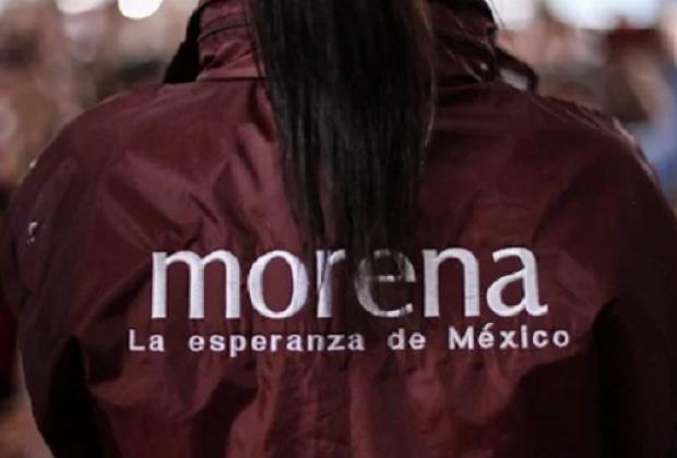 Hombres armados roban oficinas de Morena en Puebla