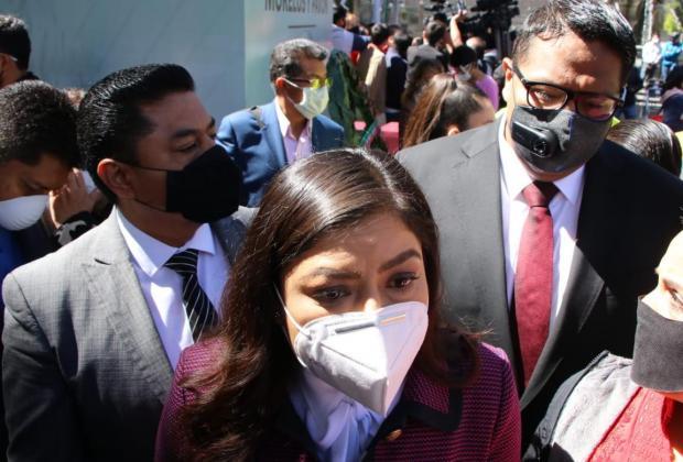 Cuidado, podrían caer en abusos; dice Rivera Vivanco a diputados