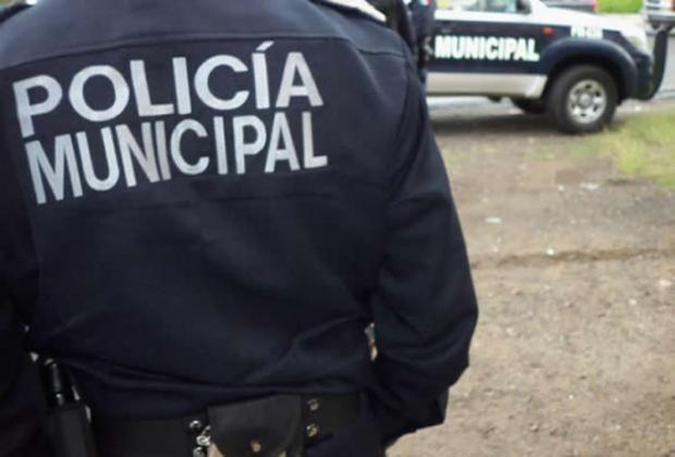 Denuncian a policías de Huehuetlán el Chico por abuso de autoridad