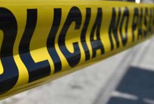 Encuentran cadáver con narcomensaje en inmediaciones de Acatzingo