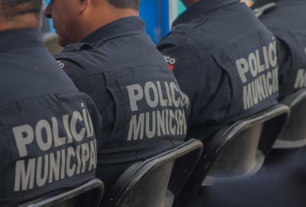 Dejan parque vehicular descompuesto para policías en San Andrés Cholula