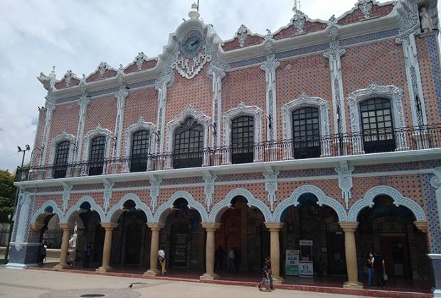Cabildo de Tehuacán autoriza a edil promover controversia constitucional contra Congreso Local