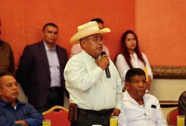 Regresa Ignacio Salvador a la presidencia municipal de Ajalpan