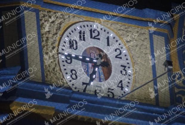 Parroquia de Tecamachalco estrena reloj musical