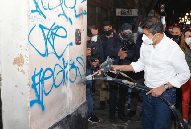 Borrarán más de 2 mil grafitis en el Centro Histórico de Puebla