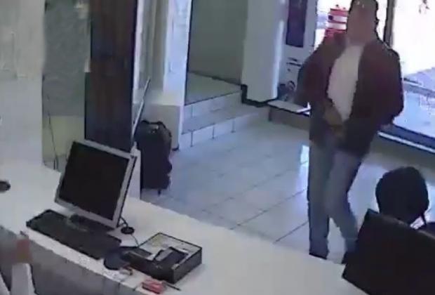 Asaltan Telcel de Plaza Loreto en Puebla