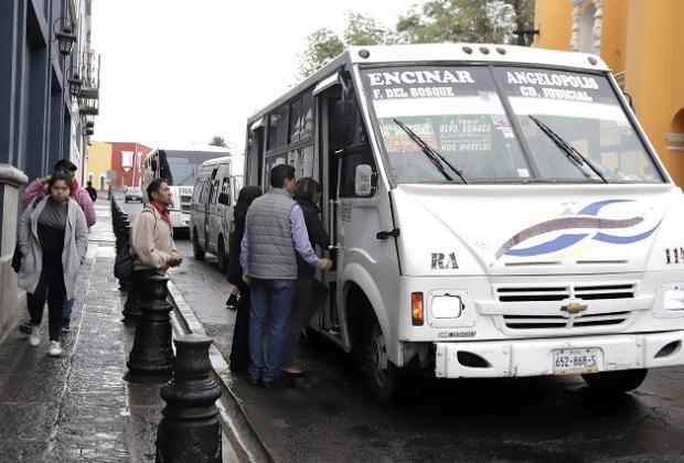 Con cámara de vigilancia 6 mil unidades del transporte público en Puebla