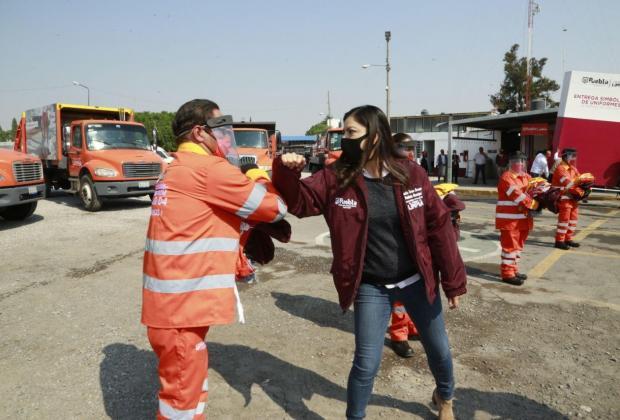 Rivera entregan 500 uniformes a trabajadores del OOSL