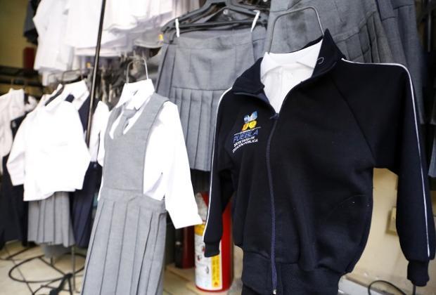 Detienen por peculado a Oscar Chapa; pagó sobrecosto de 30 mdp por uniformes