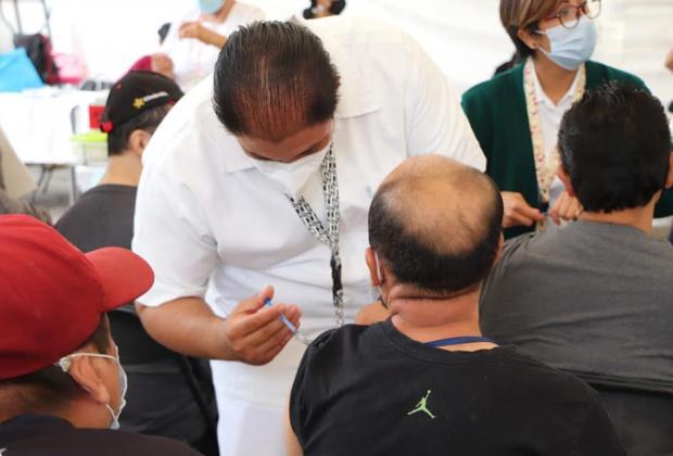 Aplican casi 6 millones de vacunas Covid en Puebla