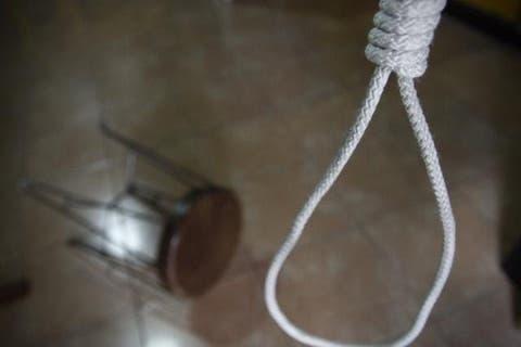 Tras discutir con su pareja joven se suicida en Tecamachalco