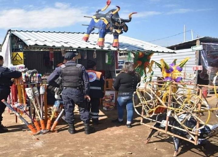Cierran talleres de pirotecnia en Xiutetelco tras explosión