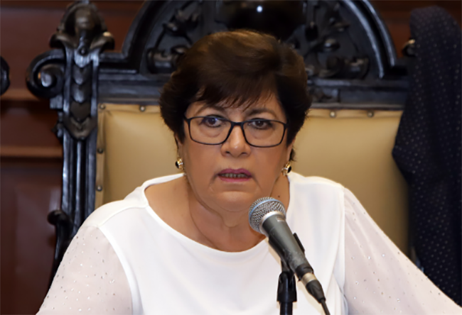 Cabildo de Puebla aprueba licencia de la priista Silvia Tanús