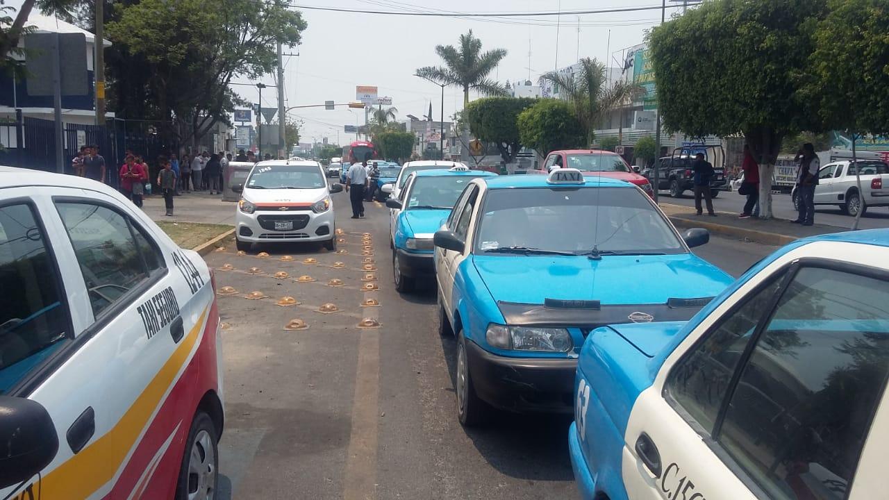 Froc Croc pide frenar concesiones para Uber en Tehuacán
