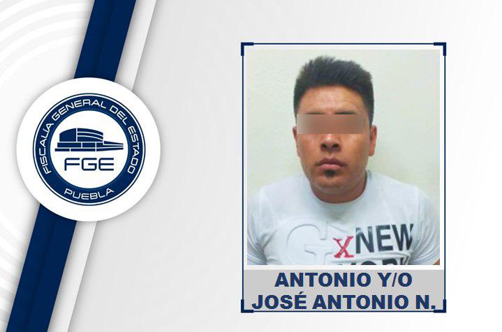 Antonio pidió taxi en Ixtapaluca y terminó plagiando al chofer en Acatzingo