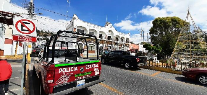 Roban automóvil frente a notaría en Tecamachalco