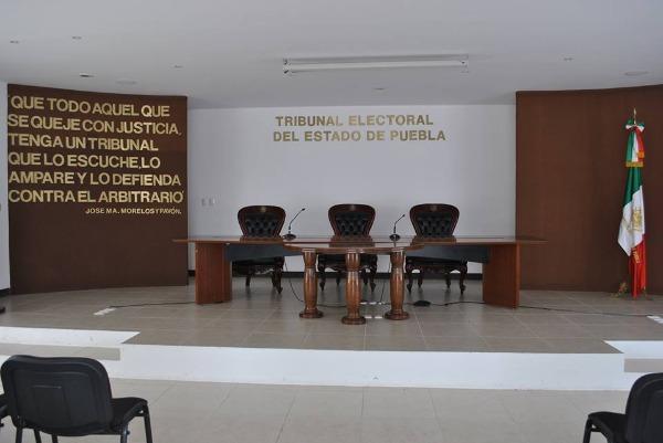 Abogado defensor de El Grillo busca magistratura en Tribunal Electoral del Puebla