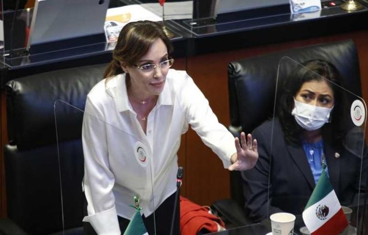 Lilly Téllez quiere abrir puerta al juicio político contra AMLO