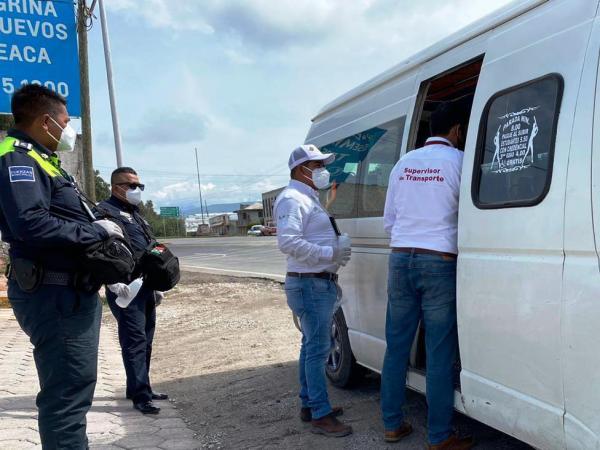 Supervisa SMT que transporte público de Tepeaca cumpla con sana distancia