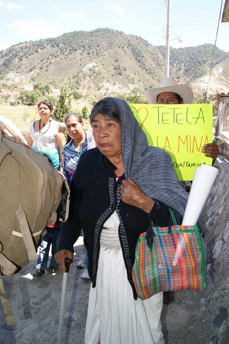 Resistencia une a indígenas y mestizos contra la minería en Puebla