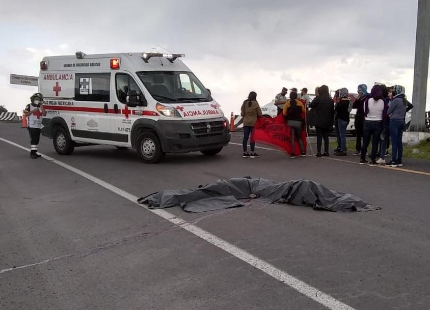 Expresa Barbosa condolencias a familias de alumnas fallecidas de la Normal de Teteles
