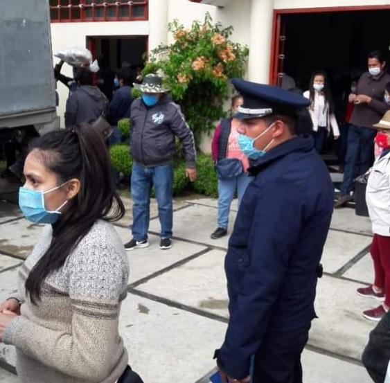 Politizan entrega de despensas Puebla Contigo en Chignautla
