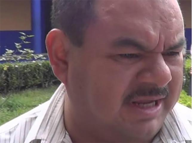 Acusan a director del SOSAPATZ de amenazar a reportero en Teziutlán