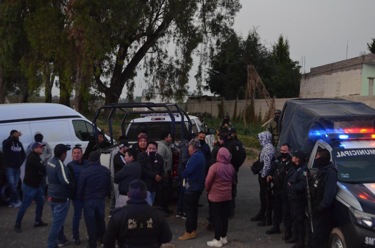 Instalan sin permiso tianguis en Tlalancaleca