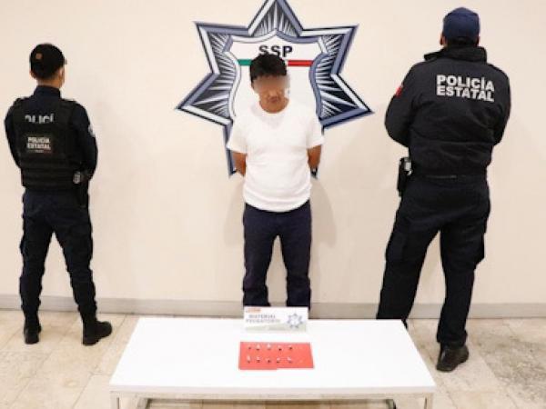 Detienen a operador del narcomenudista La Tita en Cuautlancingo