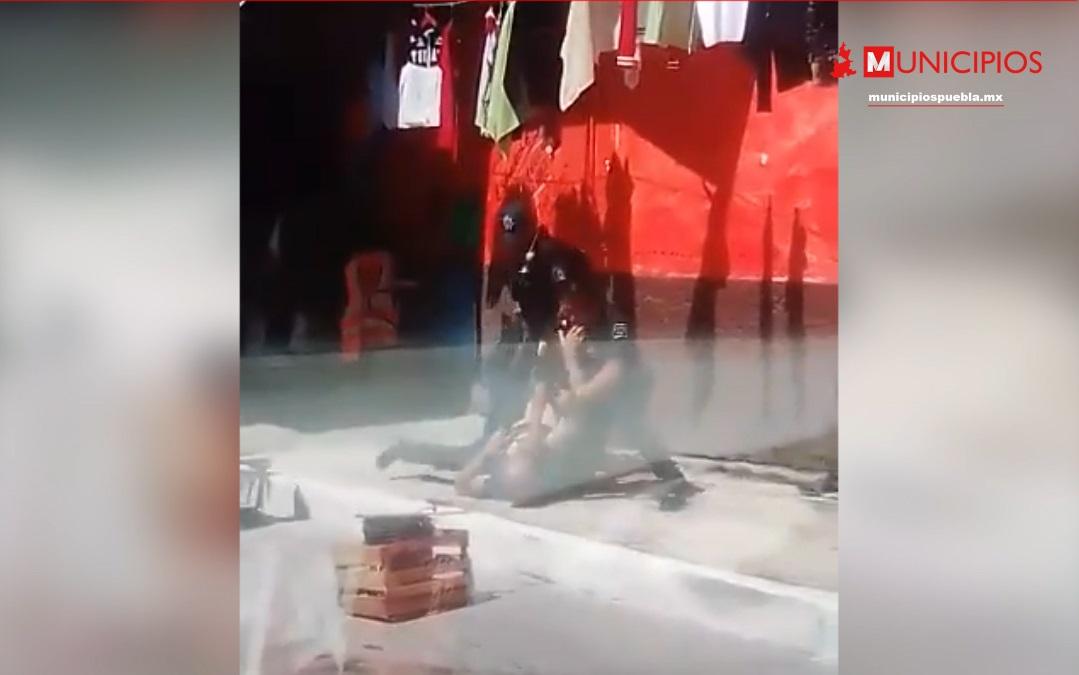 VIDEO Realizan operativo en Juan Galindo y se desatan los golpes