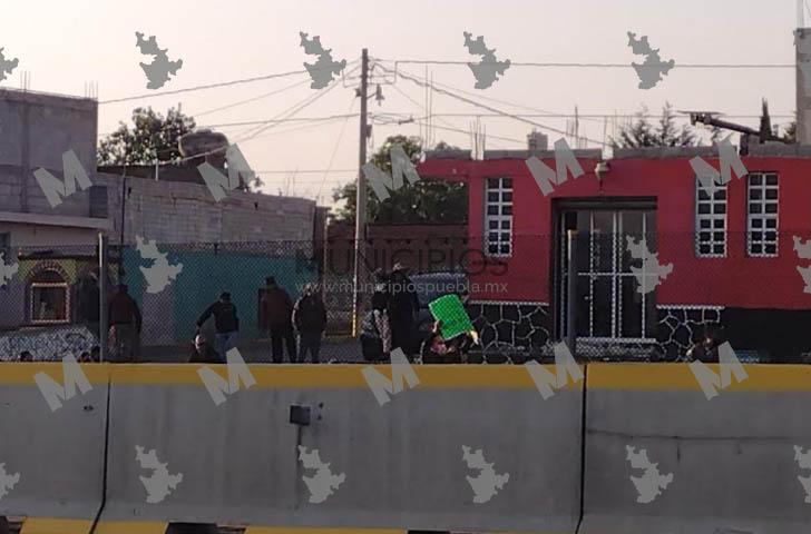 Ejidatarios de Tlahuapan bloquean la México-Puebla