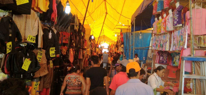 Pobladores de Mazatecochco rechazan a tianguistas de Texmelucan