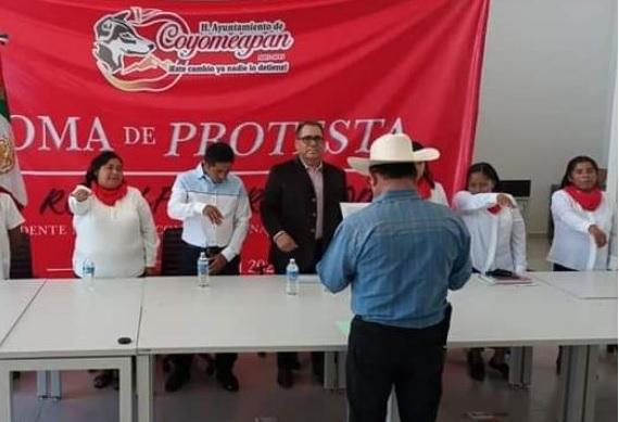 Protestas obligan a dos ediles de Puebla a salirse de presidencias