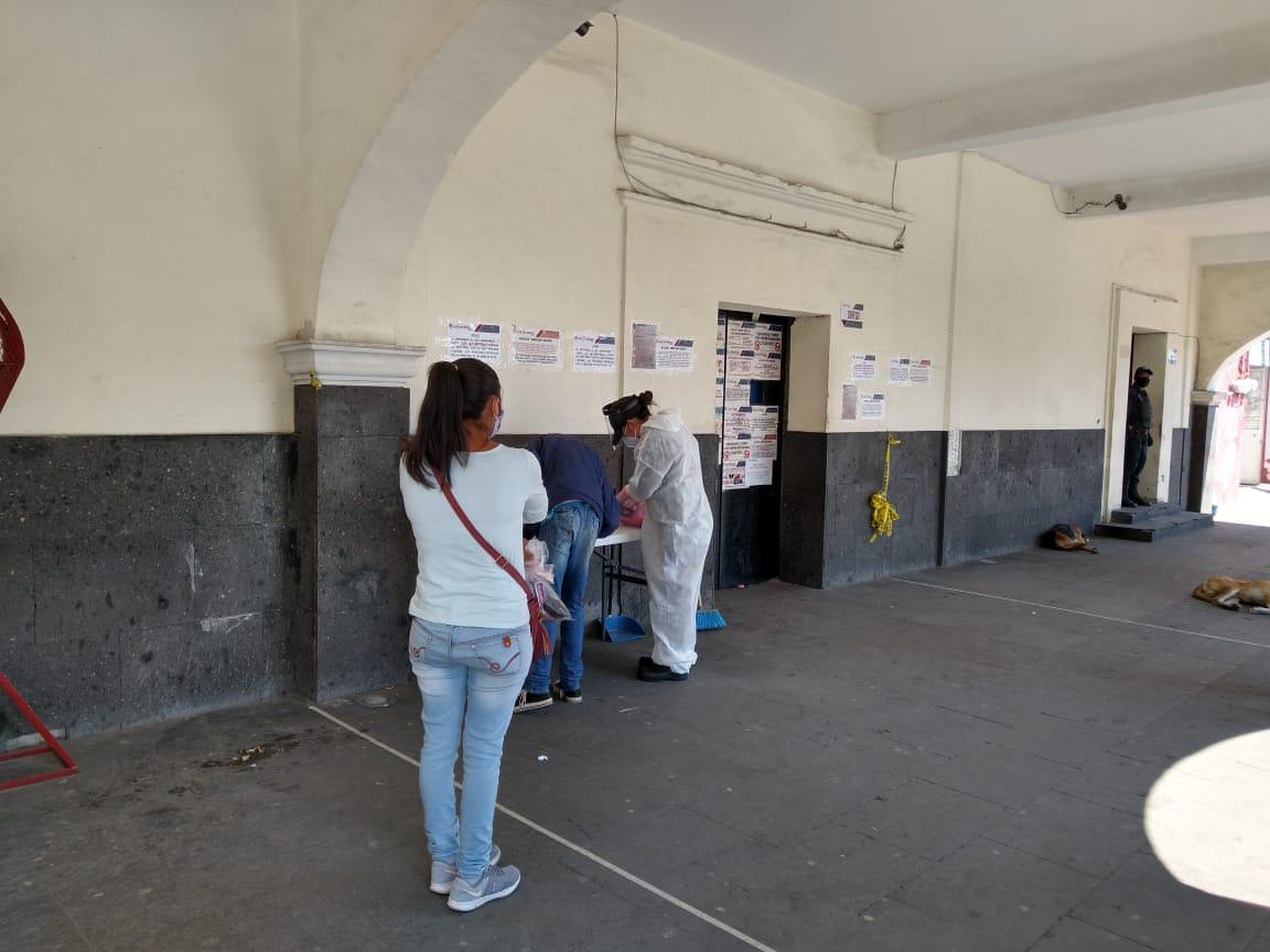 Nuevos casos de Covid generan traslado de internos del penal de Huejotzingo
