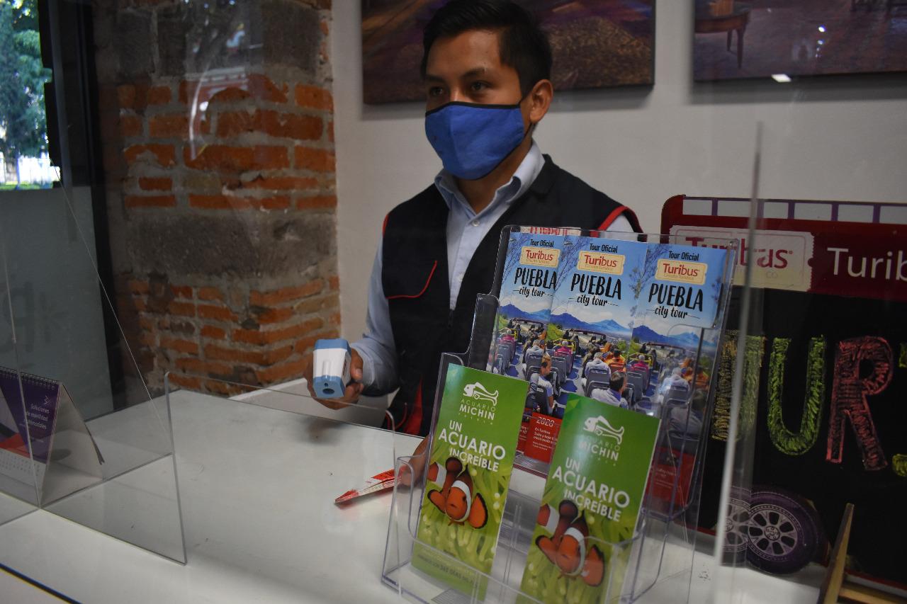 Acuerdan touroperadores y Turismo homologar tarifas de recorridos en el centro de Puebla