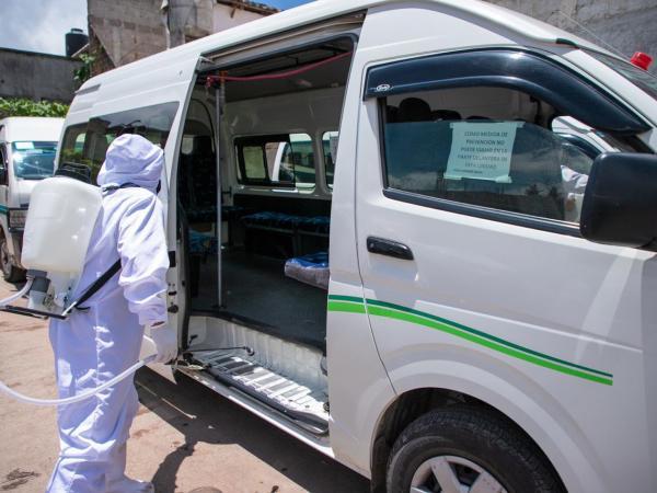 Verifica SMT limpieza de unidades de transporte en Zacatlán