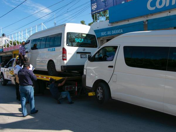 Detiene SMT 14 unidades irregulares en la Mixteca poblana