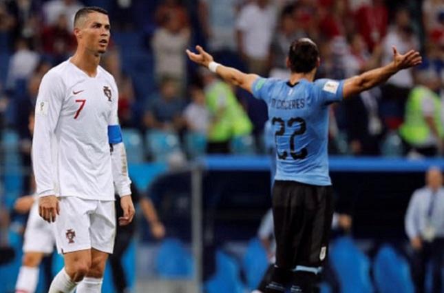 Uruguay se impone ante Portugal y logra pasar a la siguiente fase
