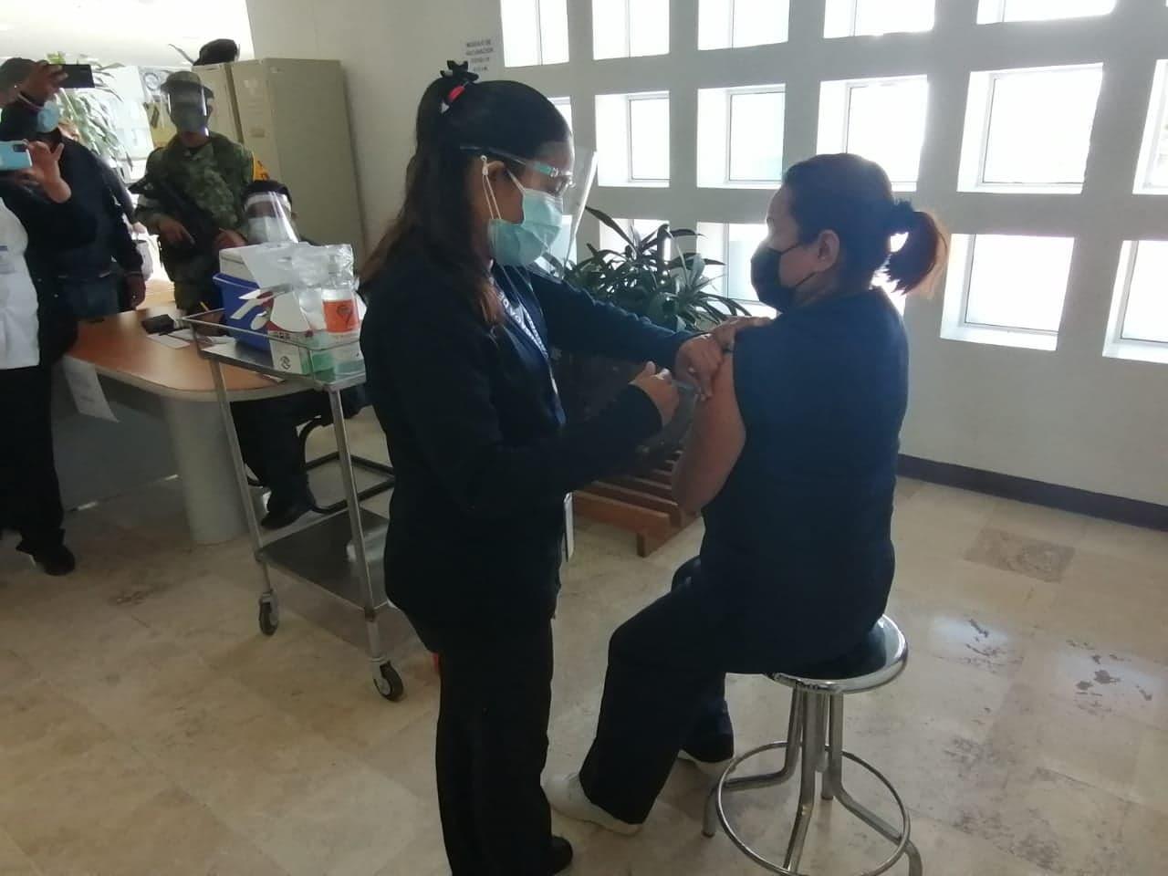 Entérate de fechas y lugares para vacunación COVID de 50 y más en Tehuacán