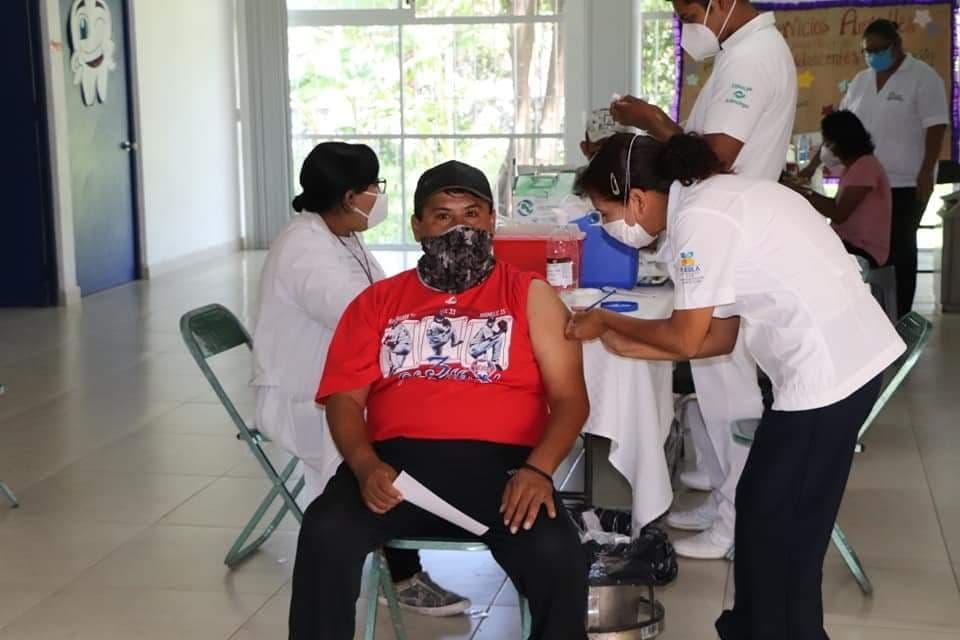 Más de 33 mil dosis de vacunas covid han sido aplicadas en Izúcar