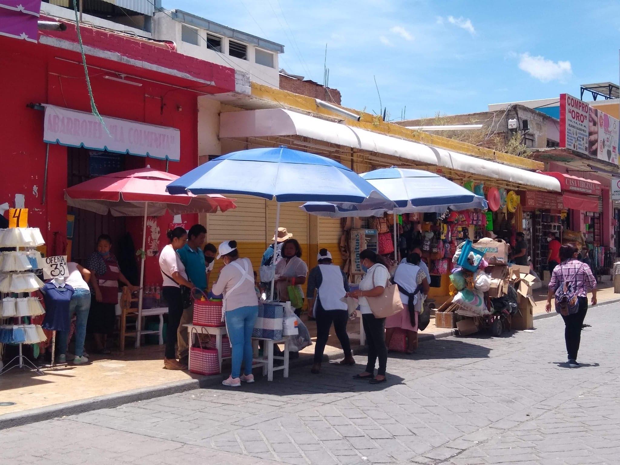 El 45% de vendedores de comida en calles de Tehuacán, sin medidas sanitarias