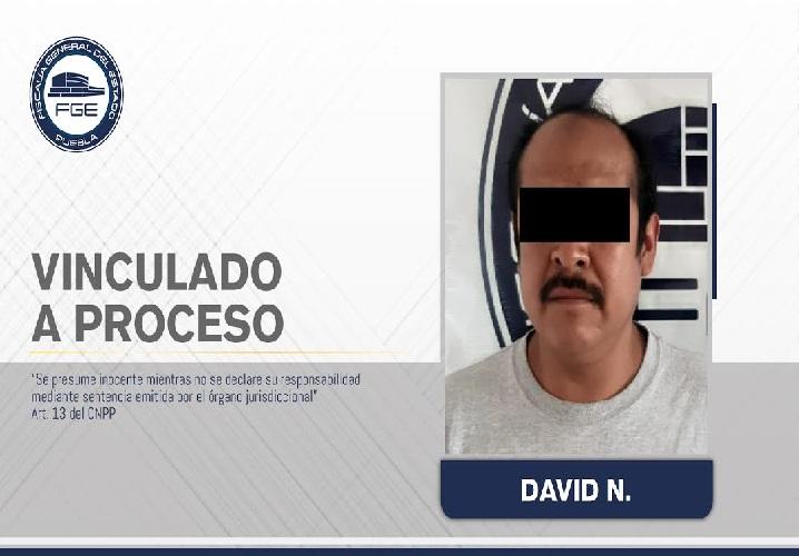 David abusó de su hijastra de 12 años en San Pedro Cholula