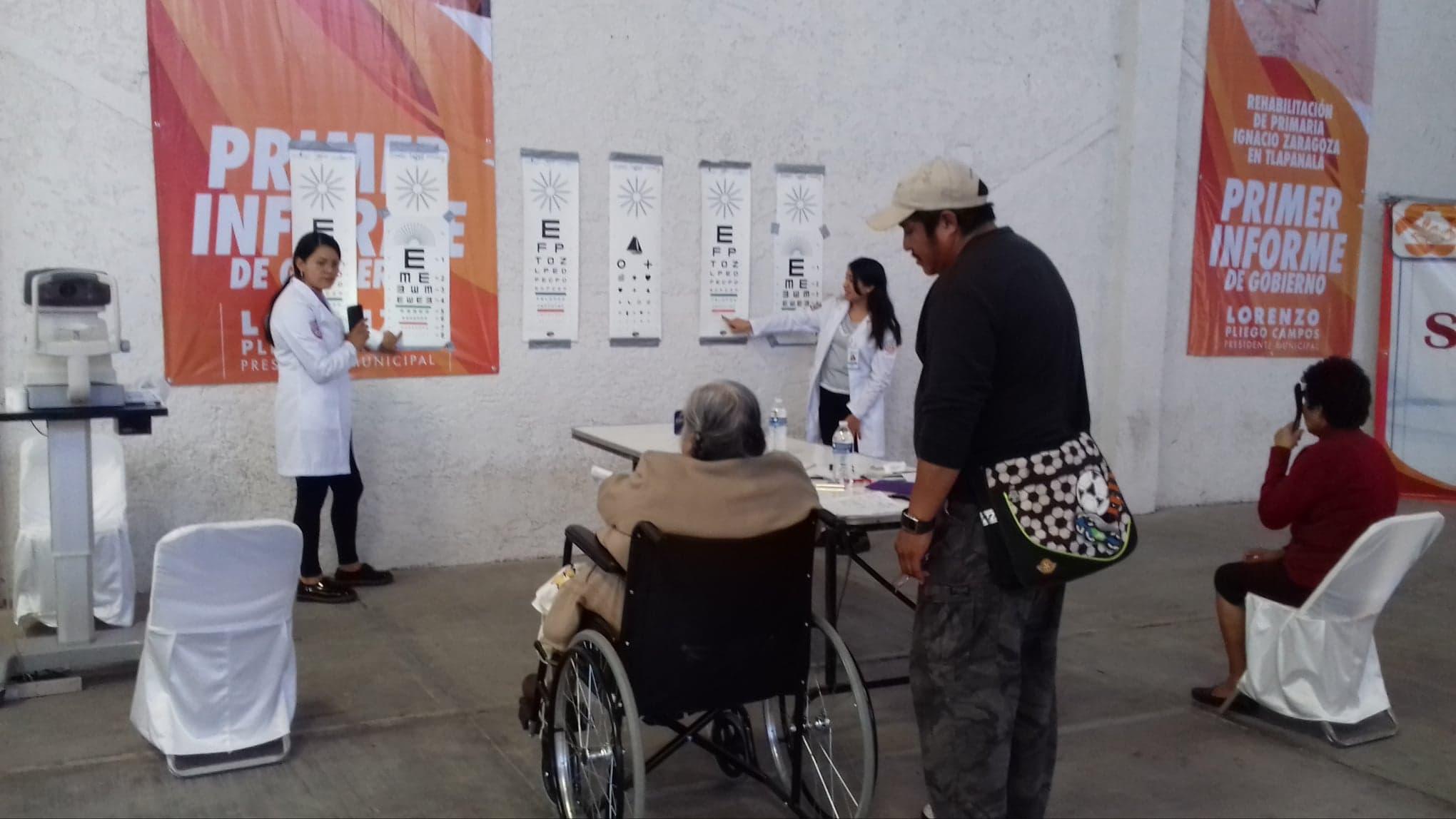 Problemas de la vista afectan a la mayoría de abuelitos en Tlapanalá