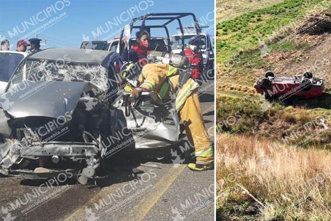 Se salvan de milagro tras volcarse rumbo al aeropuerto de Huejotzingo