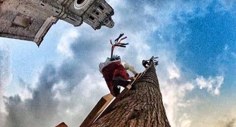 Muere al colgarse de palo de voladores en Cuetzalan