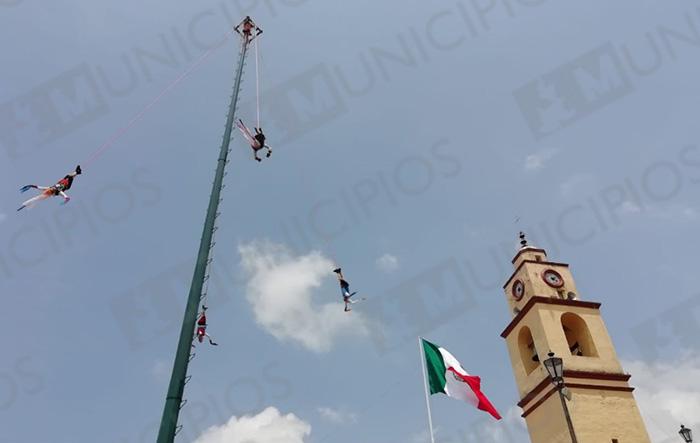 En Xochitlán festejan a San Bartolomé Apóstol