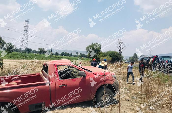 Volcadura deja dos lesionados en la carreta Tecamachalco-Tochtepec