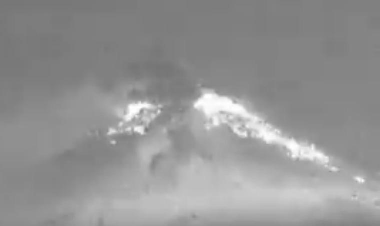 VIDEO Registra Popocatépetl explosión moderada en la madrugada