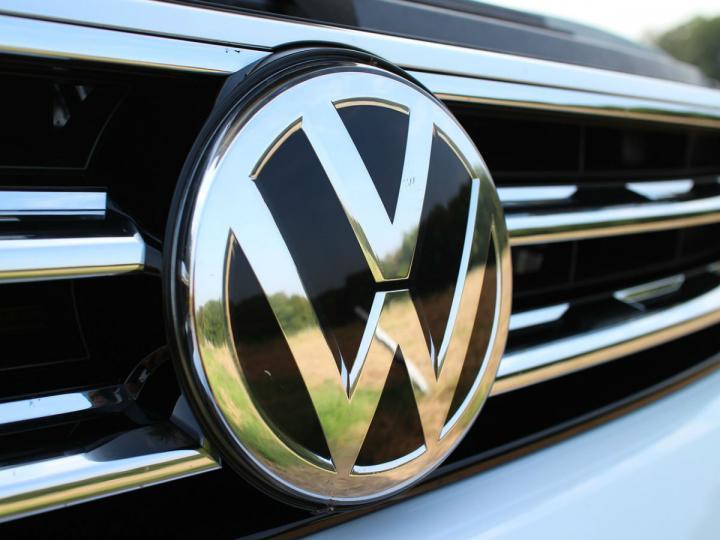 Agradece Barbosa a Volkswagen y Audi por acatar decreto